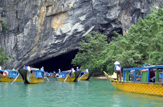 Phong Nha cave – The longest wet cave in the world