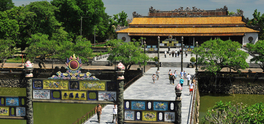 UPDATE COMPLEX OF HUE MONUMENTS ENTRANCE FEE